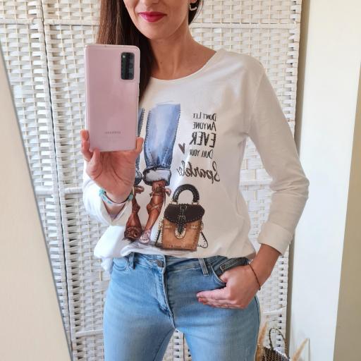 Camiseta Glamour [3]