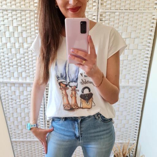 Camiseta Glamour Corta [1]