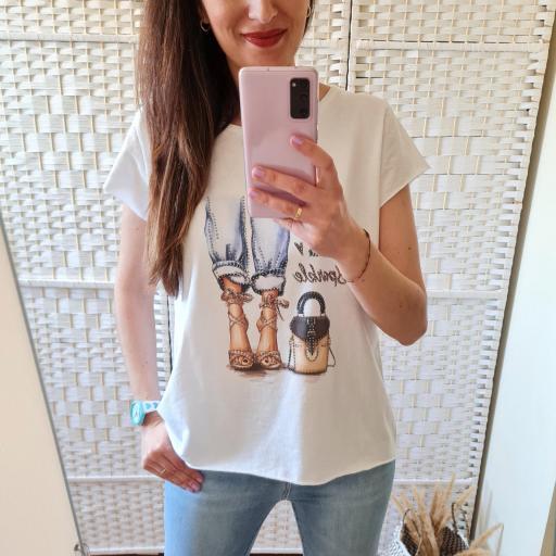 Camiseta Glamour Corta [2]