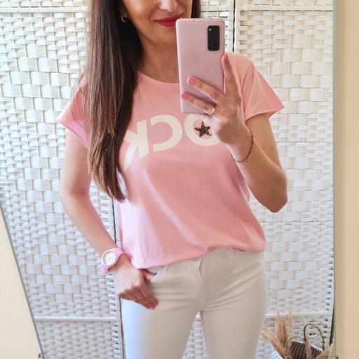 Camiseta Rock Rosa [1]