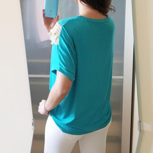Camiseta Turquesa Borlas [2]
