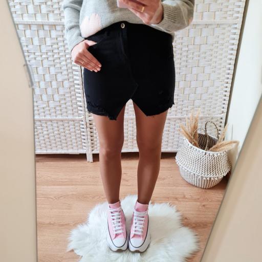 Falda Mini Negra [1]