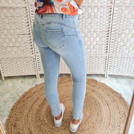 Jeans Claudia [3]