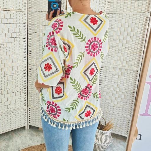 Kimono Bordado Flores [2]