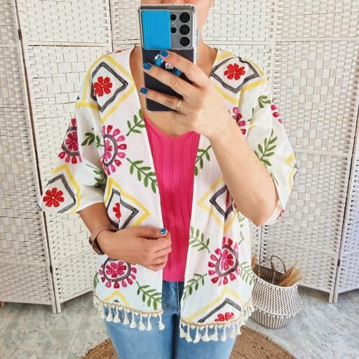 Kimono Bordado Flores [3]