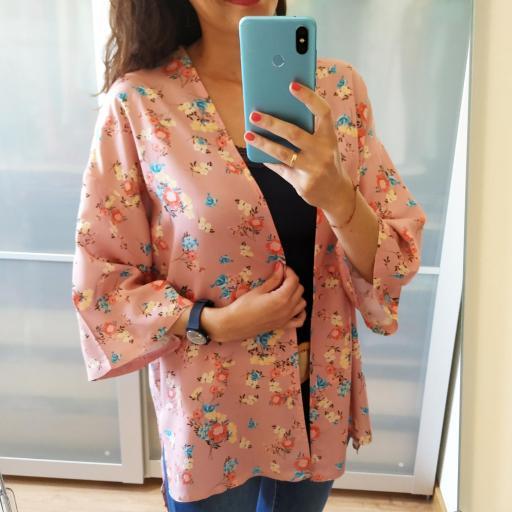 Kimono  Rosa Flores [1]