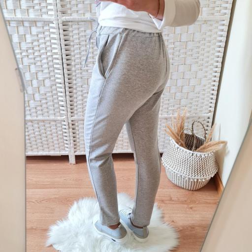 Pantalón Comfy Gris [2]