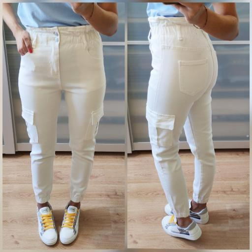 Pantalones Blancos Laila