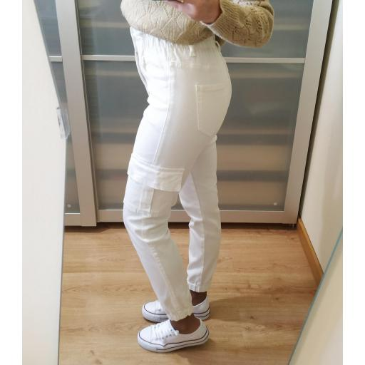 Pantalones Blancos Laila [2]