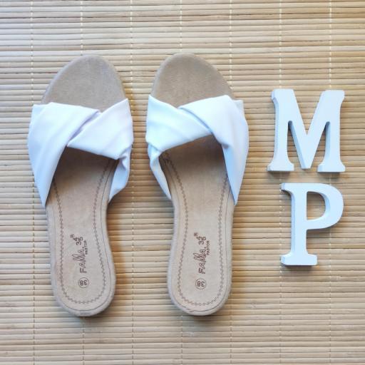 Sandalias Blancas [2]