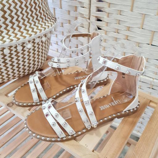 Sandalias Blancas Tachas [1]