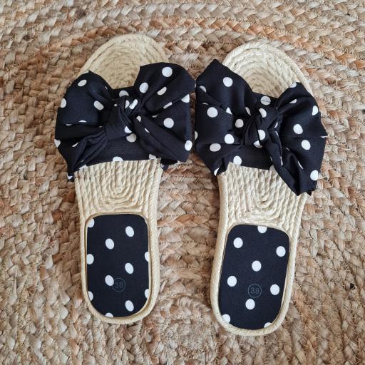 Sandalias Negras Topos [3]