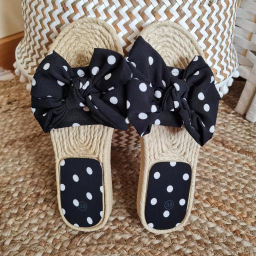 Sandalias Negras Topos