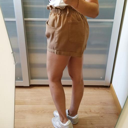 Short Camel Adele [3]