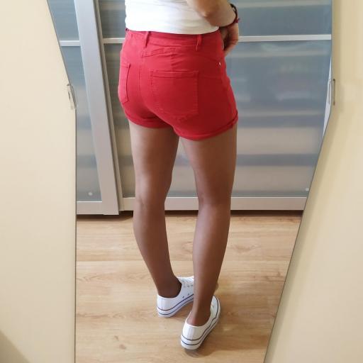 Short Rojos [3]