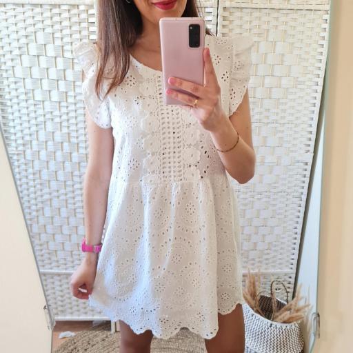 Vestido Blanco Perforado [1]