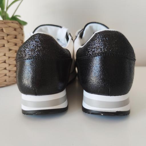 Zapatillas Negras Glitter [3]
