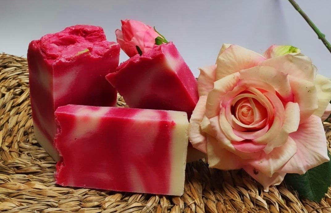 Jabón artesano rosa mosqueta  (2 piezas)