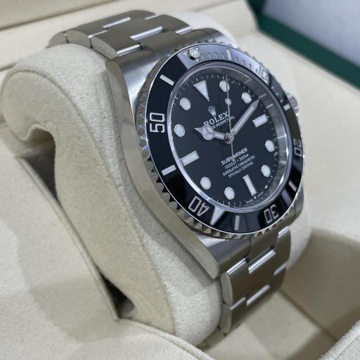 Rolex Submariner No date 124060 41mm Excelente Estado 2020. [2]