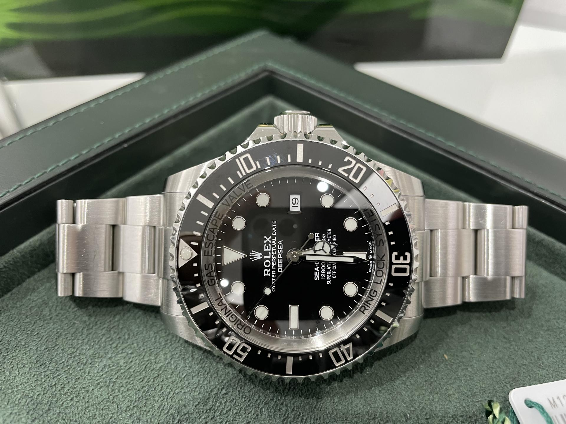 Rolex  Sea-Dweller Deepsea Esfera black.