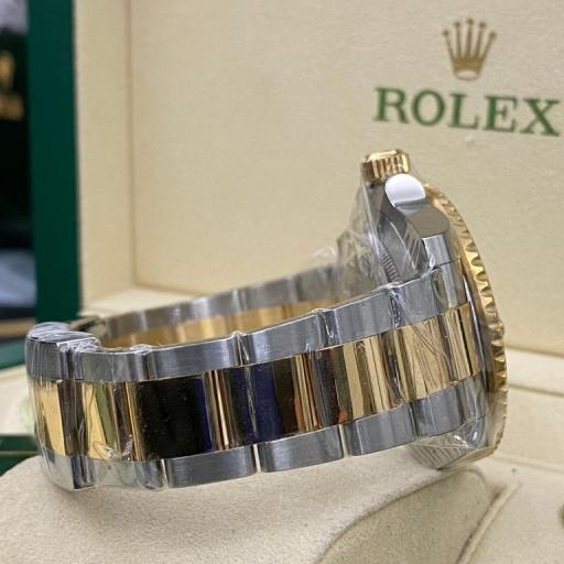 Rolex submariner date Cerámica  acero oro dial y Esfera Negra   116613LN 2013 . [2]