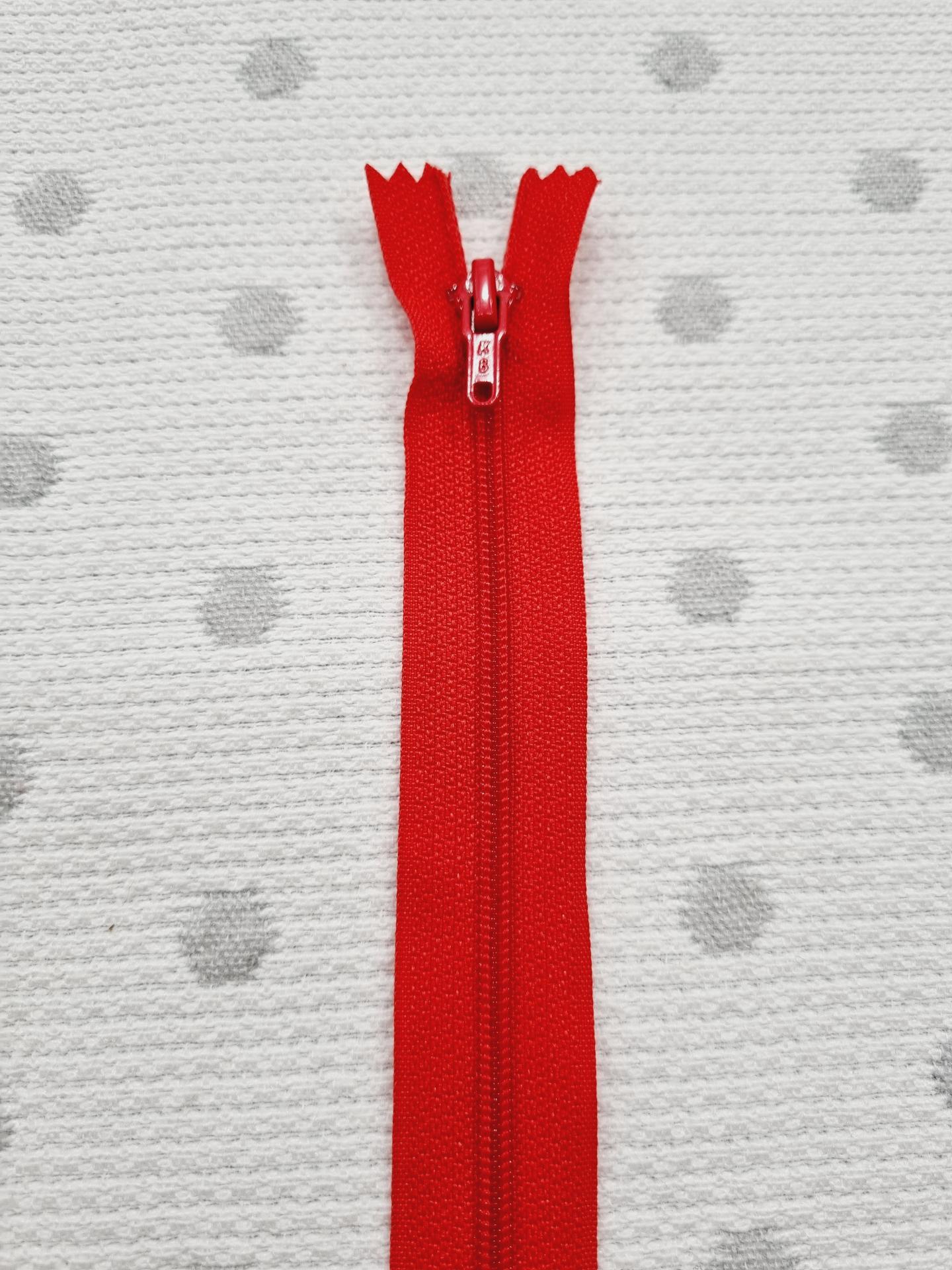 Cremallera Cerrada Rojo Cereza 990