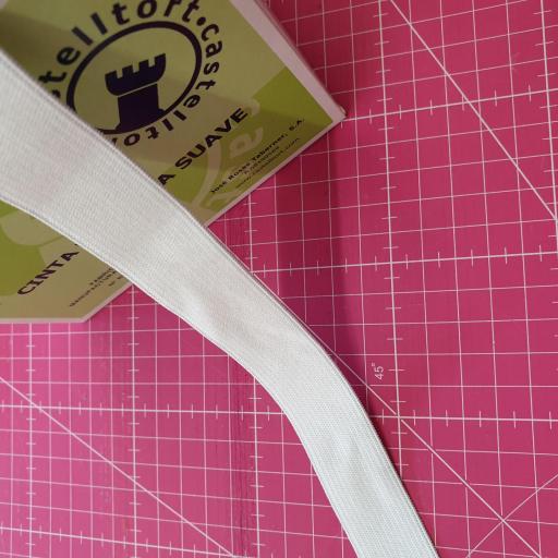 Goma Plana Suave 25mm blanca