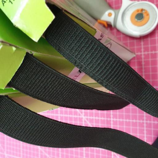 Goma Plana Cinturilla 25-22-18 mm Negra