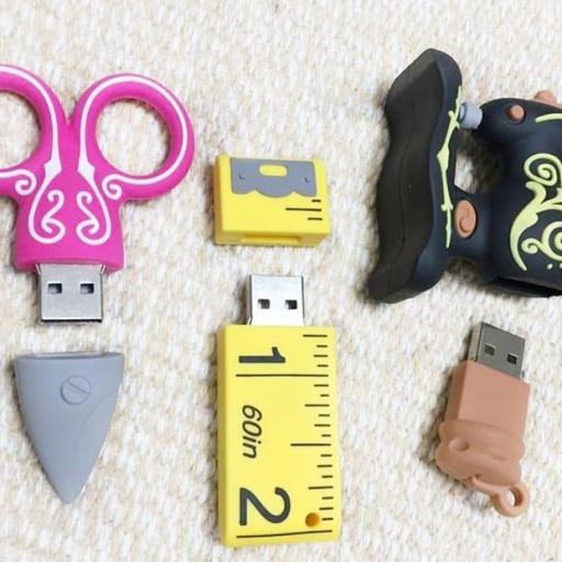 Pendrive USB Costura 16GB [2]