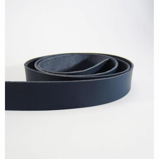 Tira de cuero natural curtido vegetal - Azul Marino