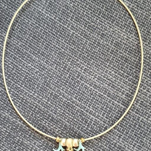 Conjunto de collar y pendientes dorados con cristal Swarovski  y esmalte turquesa [3]