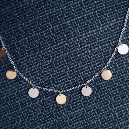 Conjunto de pendientes y collar circulares en acero plateado, rosado y dorado