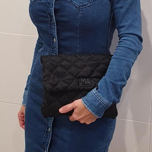 Bolso sobre colección ROSE color negro con cordón visón [3]