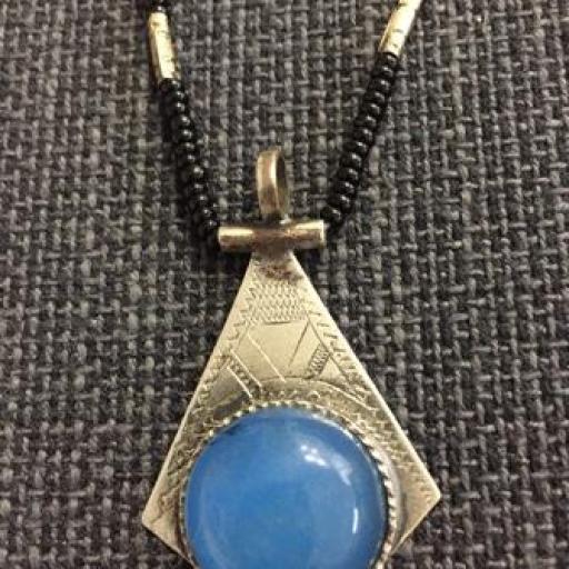 Collar África plata y piedra azul
