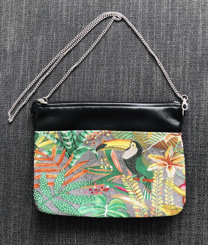 Bolso de mano o bandolera tropical verde con tucán