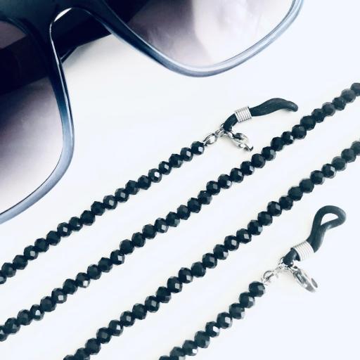 Cadena para gafas y mascarilla de cristales negros tallados
