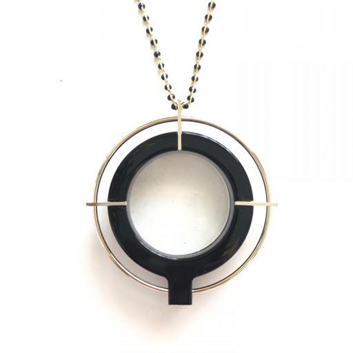 Colgante gafas Saturno Negro