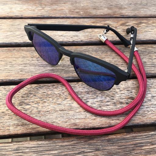 Cordón cuelga mascarillas / gafas color granate [2]