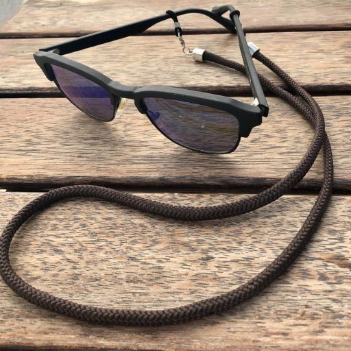 Cordón cuelga mascarillas / gafas marrón [2]