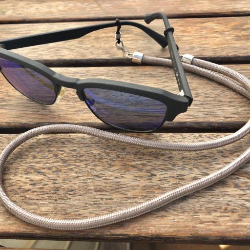 Cordón cuelga mascarillas / gafas color visón [2]