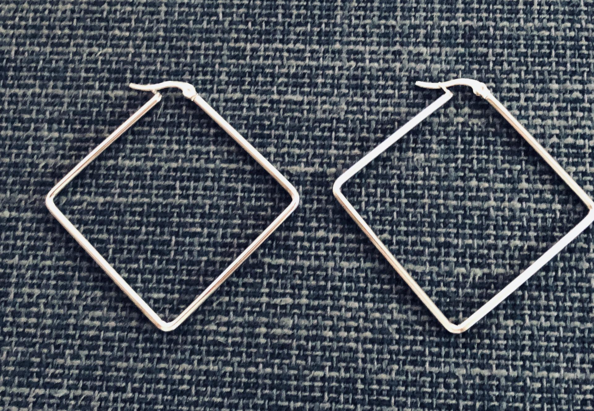 Pendientes  de acero rombo