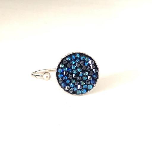 Anillo metálico con cristales Swarovski azules