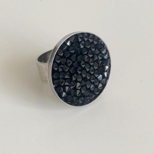 Anillo metálico XL con cristales Swarovski negros