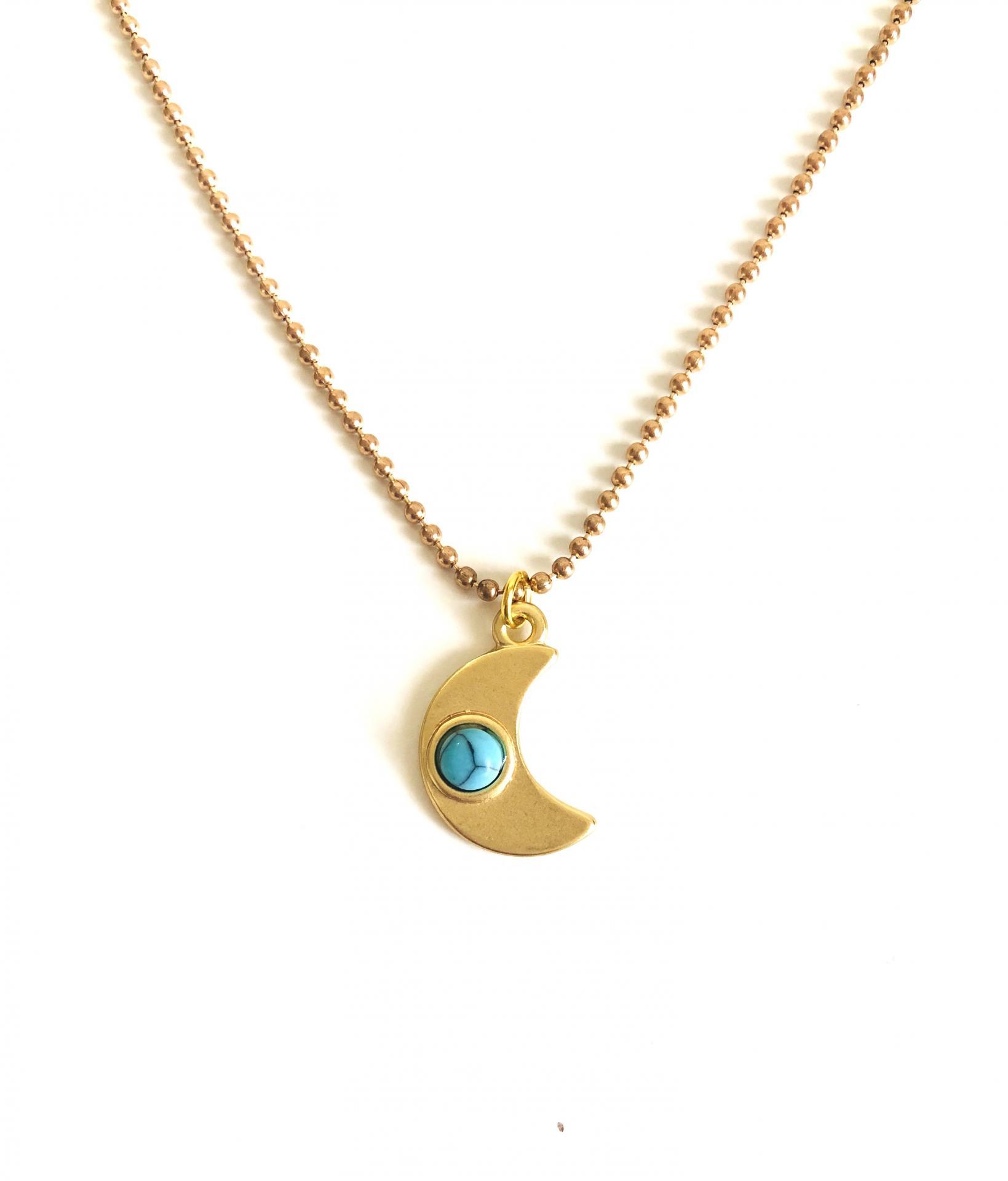 Colgante media luna dorada con turquesa