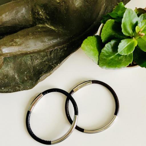 Pulsera unisex de acero y cuero negro [3]
