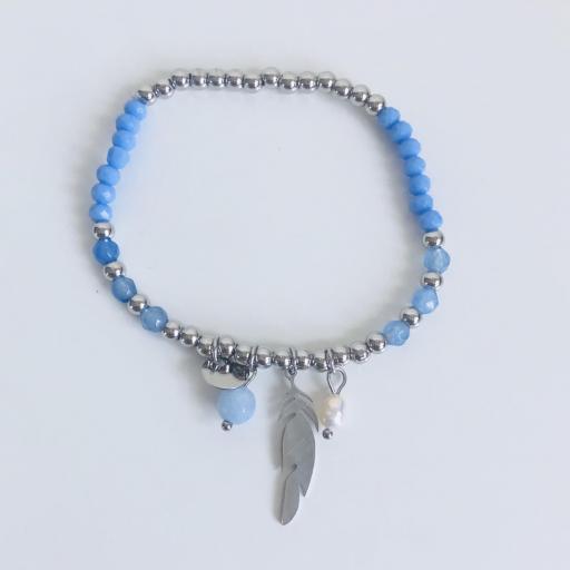Pulsera elástica de bolas plateadas, con pluma y tonos azules