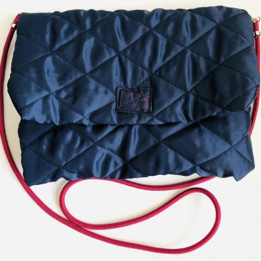 Bolso sobre colección ROSE color azul con cordón granate