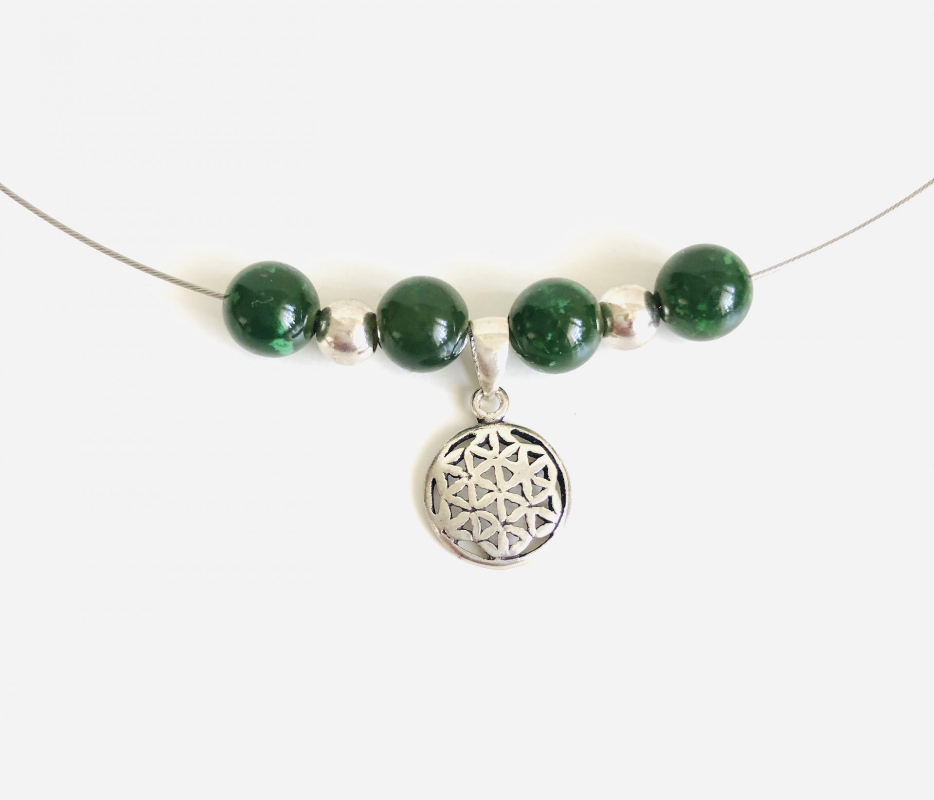 Collar flor de la vida de plata y jade verde natural