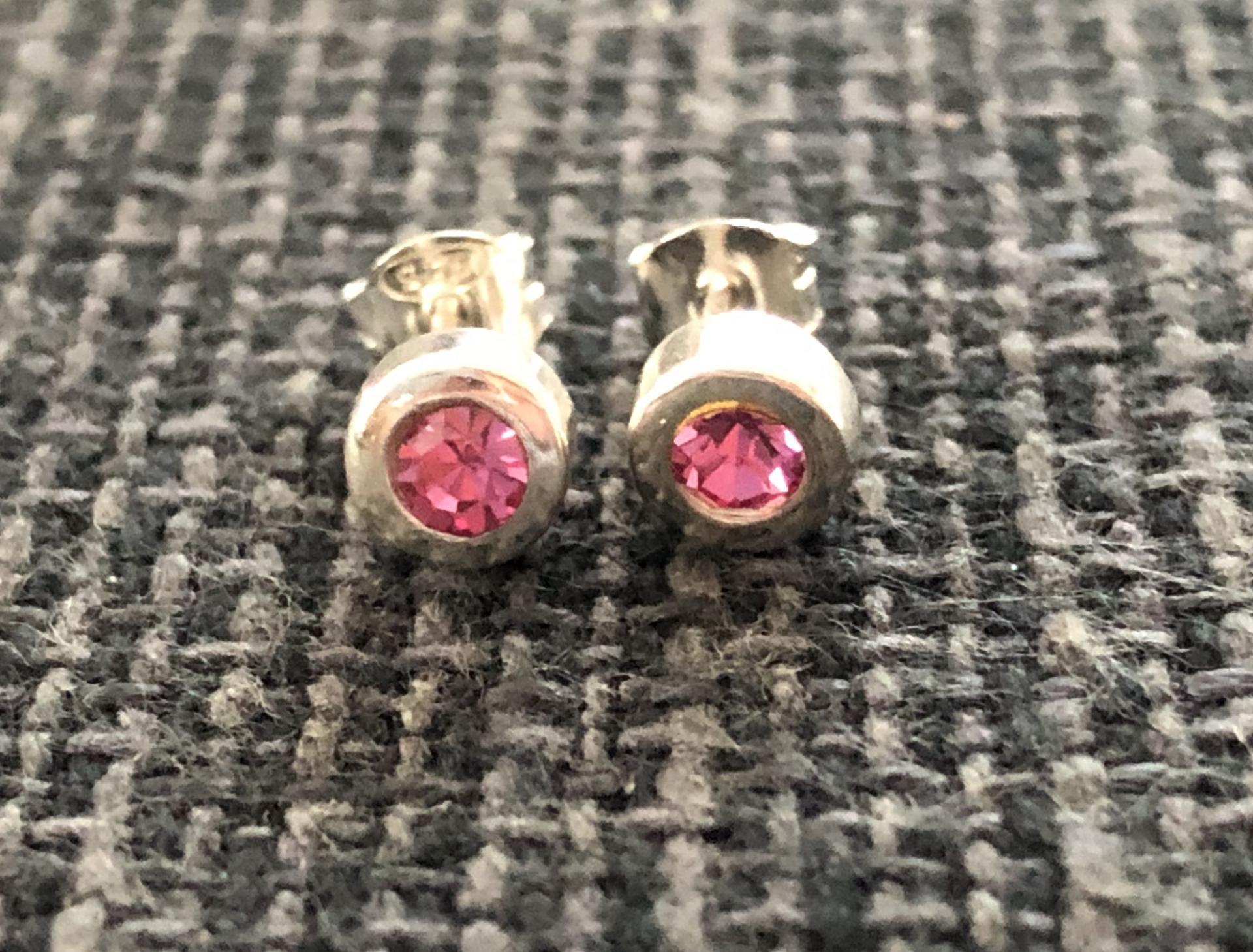 Pendientes de plata con cristal rosa