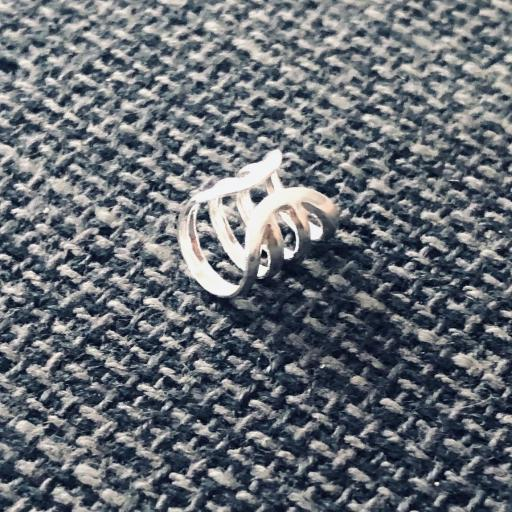 Earcuff de plata con cuatro anillas [3]